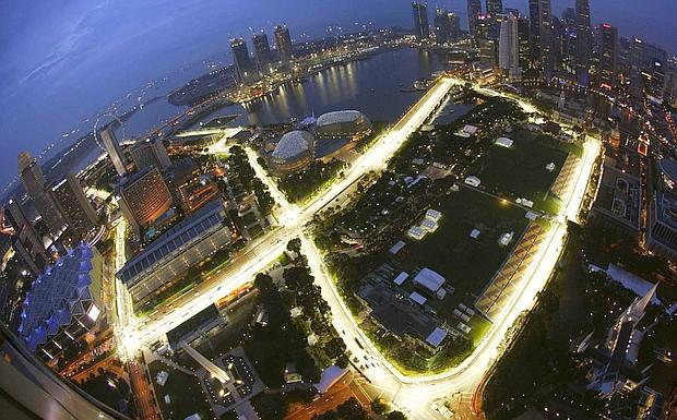 Circuito F1 Singapur : Singapore by night foto del giorno ultime notizie