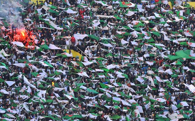 تحميل ........جديد اغاني المنتخب الجزائري 2010 لكاس العالم 0KYR0TCF--620x385