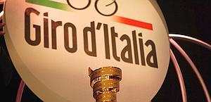 The presentation in Carignano. Bettini