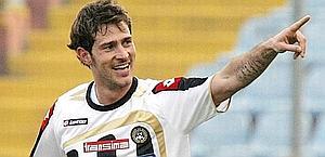 Antonio Floro Flores, 12 presenze e 3 gol nel 2010-11. Ansa