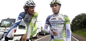 Daniel Oss con Vincenzo Nibali. Bettini