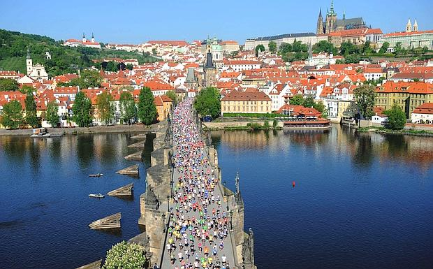 Praga di corsa foto del giorno ultime notizie sportive for Progettista di ponti online gratuito