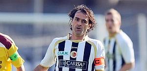 Vincenzo Sommese con la maglia dell'Ascoli. Ansa