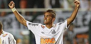 Danilo (Santos): obiettivo del Milan. Ap