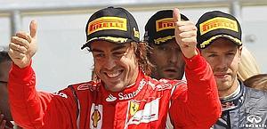 Alonso esulta, i due della Red Bull molto meno. Ap