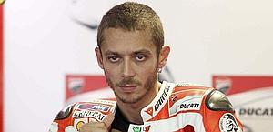 Valentino Rossi, 32 anni., seconda caduta di fila. LaPresse