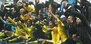 La gioia dell'Apoel a fine match con lo Zenit. Ap