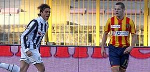 Matri della Juventus e Mesbah del Lecce. LaPresse