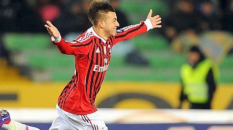 El Shaarawy esulta dopo il gol del Milan. LaPresse