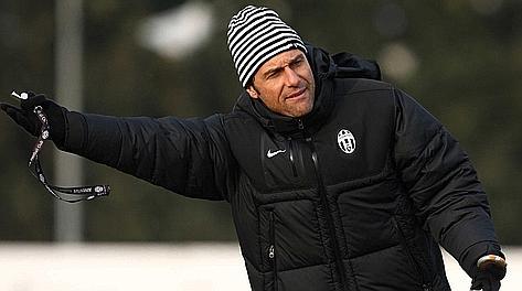 Antonio Conte,  42 anni, prima stagione da allenatore alla Juve. LaPresse