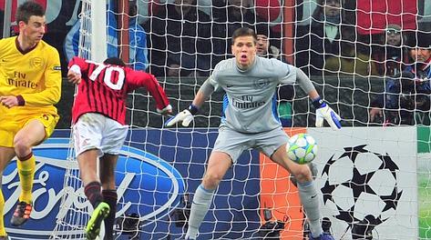 Robinho realizza il 2-0 con un colpo di testa su assist di Ibrahimovic. Afp