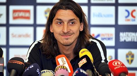 Zlatan Ibrahimovic in conferenza stampa a Zagabria. Afp