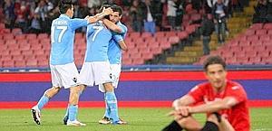 Fontana disperato e gioia Napoli: fotografia della gara. LaPresse