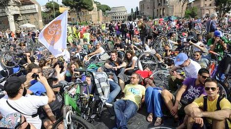 Un momento della manifestazione romana. Ansa