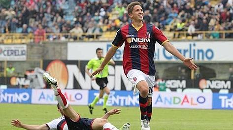 Gaston Ramirez esulta dopo aver realizzato il gol del 2-0. Ansa