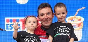 Rodriguez con i figli sul podio di Milano. Bettini