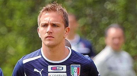 Domenico Criscito durante un allenamento della Nazionale a Coverciano. Ansa