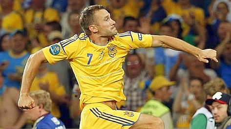 Andriy Shevchenko, 35 anni, doppietta all'esordio europeo. Ansa