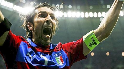 L'urlo di Buffon: siamo in finale. Reuters