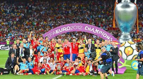 La festa della Spagna al secondo Europeo consecutivo vinto. Afp