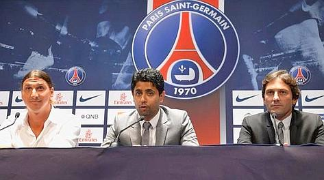 Ibra, Nasser Al Khelaifi e Leonardo in conferenza stampa. Ansa