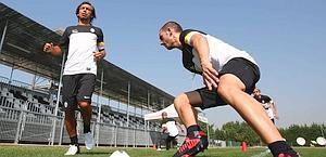 Pirlo e Bonucci si allenano a Vinovo. LaPresse