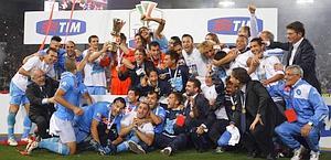 La festa del Napoli ultimo vincitore. Reuters