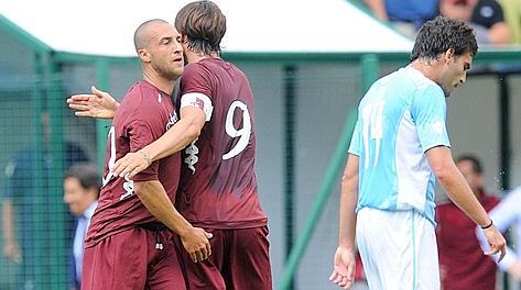 Festa Sgrigna-Bianchi dopo il primo gol. Lapresse