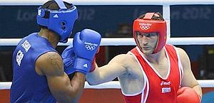Roberto Cammarelle durante la finale contro Joshua. Reuters