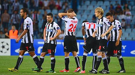 La disperazione dei giocatori dell'Udinese. Afp