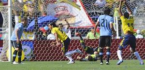 Falcao segna subito contro l'Uruguay. Afp
