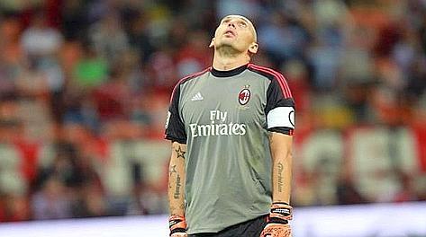 La disperazione di Christian Abbiati dopo il gol subito. Ansa