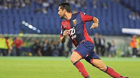 Marco Borriello, 30 anni, esulta: suo il gol dello 0-1. Ansa