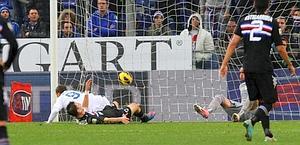 De Luca regala la vittoria all'Atalanta. Lapresse