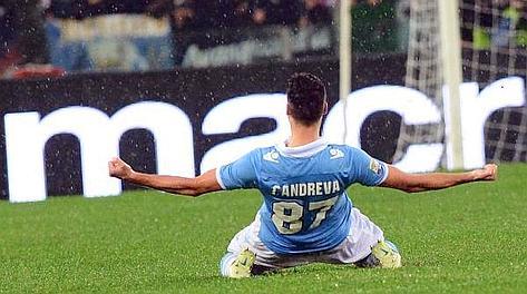Antonio Candreva esulta dopo il gol dell'1-1. Ansa