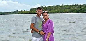 Vincenzo Nibali con la moglie Rachele. Terzo al Tour, ha vinto la Vuelta nel 2010