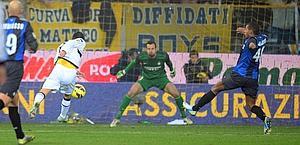 Nicola Sansone stende l'Inter: 1-0 Parma. Ansa
