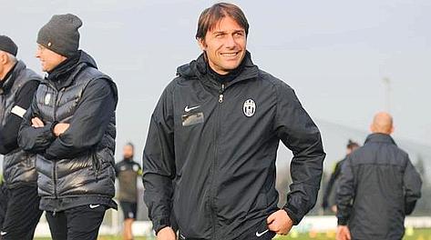 Antonio Conte tornerà sulla panchina bianconera il 9 dicembre contro il Palermo. Ansa