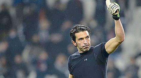 Gigi Buffon, classe 1978, alla Juve dal 2001. LaPresse