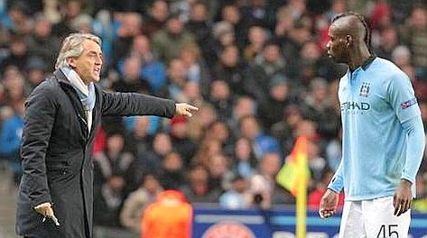 Roberto Mancini e Mario Balotelli, un rapporto incrinato. Epa