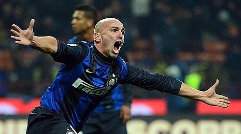 Esteban Cambiasso, autore del gol del 2-2. Afp