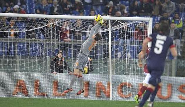 Hot Potato! Roma keeper Mauro Goicoechea has comedy clanger dropping ball into his own net