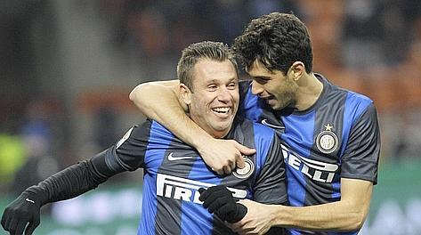Cassano e Ranocchia, entrambi a segno nella vittoria dell'Inter sul Chievo. Ap