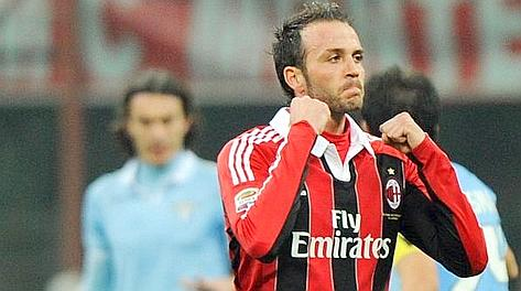 Giampaolo Pazzini festeggia cos� l'1-0. Ansa