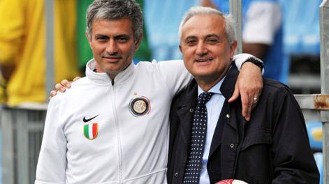 L'incontro tra Mourinho e Mennea nel 2010. Pegaso