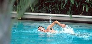 Il brasiliano si concede un nuotata in Australia. Colombo