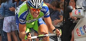 Daniel Oss  in fuga al Tour. Bettini