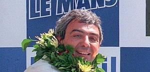 Michele Alboreto nella vittoriosa 24 Ore di le Mans del 1997. Epa