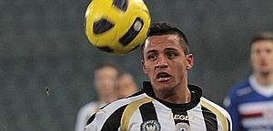 Alexis Sanchez, super-ricercato dai grandi club d'Europa. Ansa