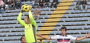 Emiliano Viviano è tra Inter e Bologna. E lo vuole la Roma. Ansa